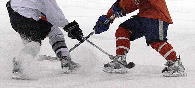 12-16-11hockey