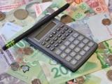 shutterstock_money_calculator