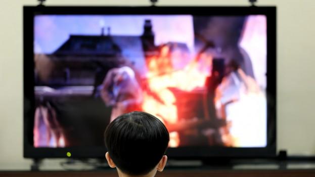 shutterstock_kids_TV_Video game