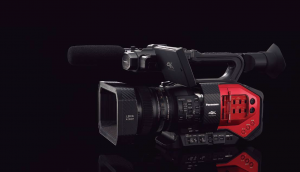 The Panasonic AG-DVX200 is the first 4K/60p camcorder with a 4/3-type sensor that features an integrated F2.8 Leica Dicomar 13x zoom lens.