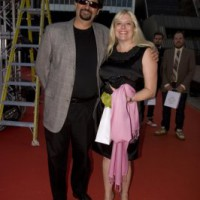 Panavision's Stewart Aziz and guest arrive at the Hall of Fame (photo: Linda Dawn Hammond)