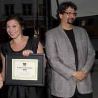 amy stulberg accepts julian clarke's ten to watch nomination (photo: linda dawn hammond)