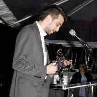 "Jay Baruchel thanks Playback for inviting ""his lanky ass"" to the Hall of Fame (photo: Linda Dawn Hammond)"