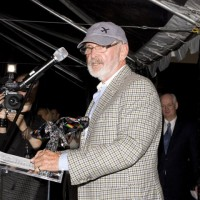 Presenter Norman Jewison presents the honors to Paul Bronfman (photo: Linda Dawn Hammond)