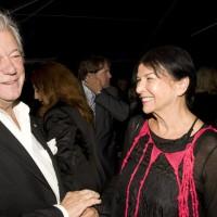 Gordon Pinsent and honoree Alanis Obomsawin (photo: Linda Dawn Hammond)