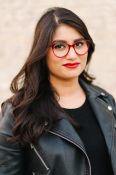 Koul, Scaachi - Author Photo 2017 credit Barbora Simkova