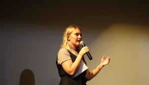 Erika Ulrich pitching at Gimli