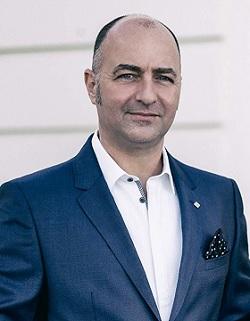 Simon Barry picture