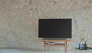 TV loewe-technologies-1105848-unsplash