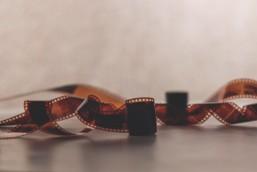 close-up-filmstrip-negatives-133070