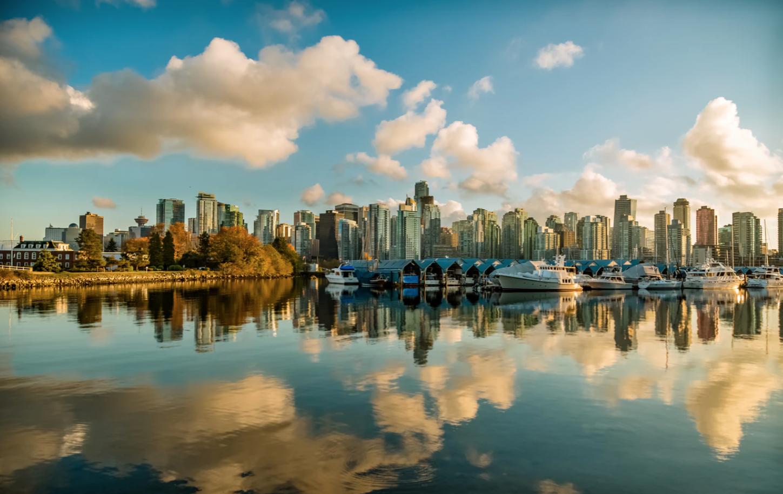 Vancouver , Unsplash