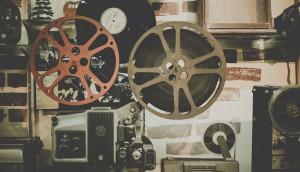 Film noom-peerapong-2uwFEAGUm6E-unsplash
